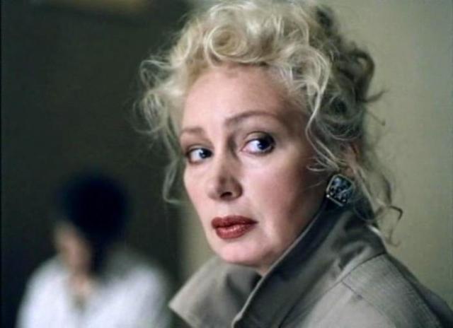 Кадр из фильма *Кодекс бесчестия*, 1993 | Фото: kino-teatr.ru