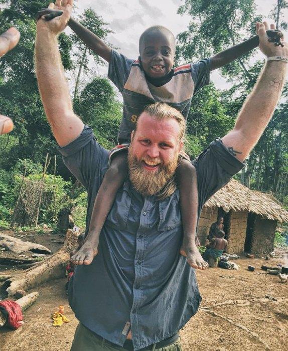 Джастин Рен и его друг из Конго.