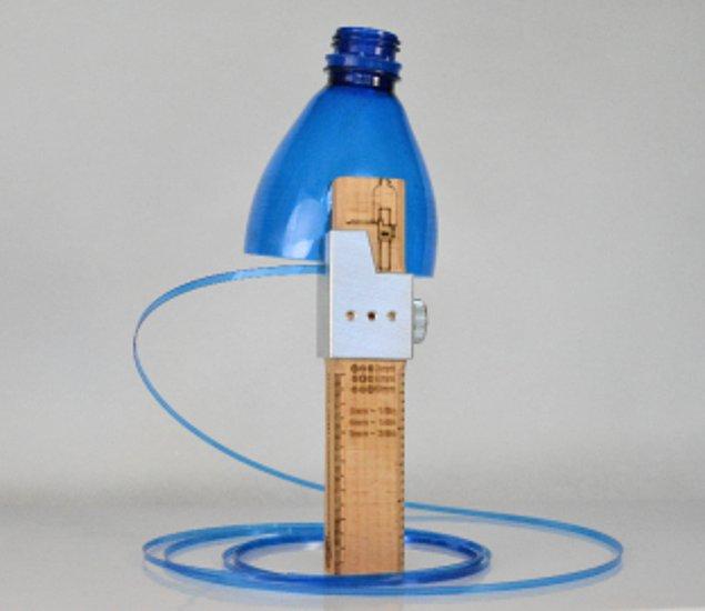 Режущий инструмент, который превратит пластиковые бутылки в многоразовые пластиковые ленты
