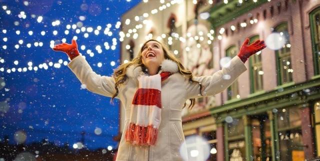 """Результат пошуку зображень за запитом """"В путь за волшебством: города, которые в преддверии Рождества превращаются в сказку"""""""