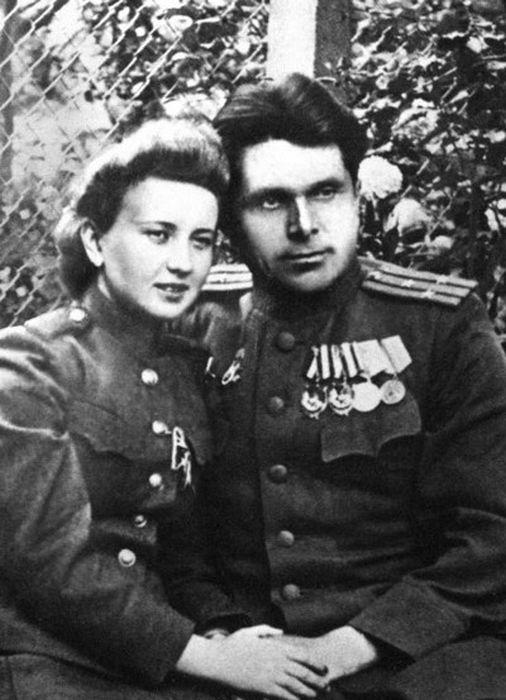 Светлана Попова и Николай Щёлоков. / Фото: www.loveread.me