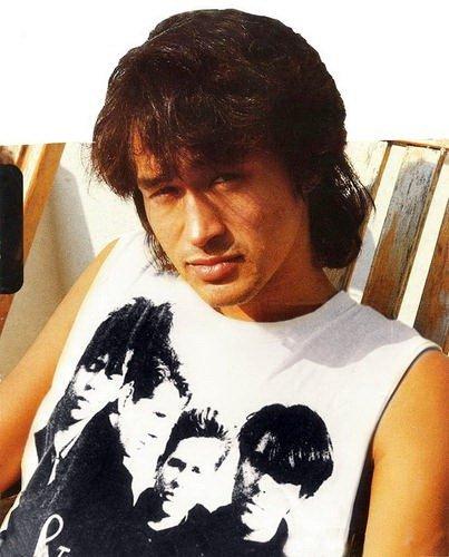 Виктор Цой — советский рок-музыкант, автор песен, лидер и вокалист рок-группы «Кино». 58 лет со дня ... - 2