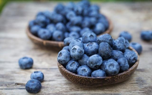 10 самых загрязненных химикатами продуктов питания