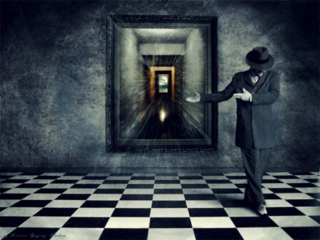 Стоит ли верить приметам - почему нельзя спать напротив зеркала?