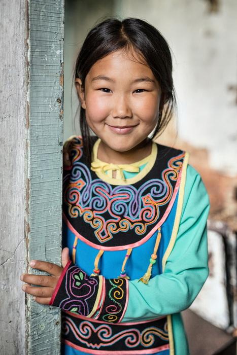 Девочка народности ульта, которая уже практически полностью исчезла. Ульта проживают на северной части острова Сахалин, многие из них имеют японские имена, поскольку ранее территория принадлежала Японии.