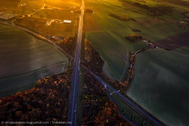 Немецкий автобан и закат. дрон, красота, мир, пейзаж