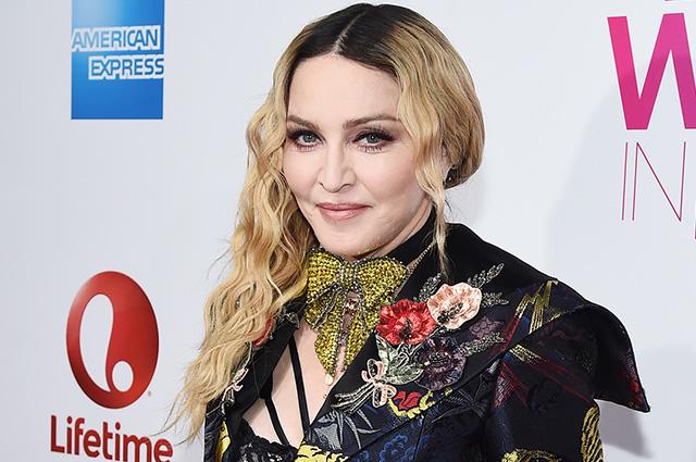 В сети обсуждают новые брови Мадонны